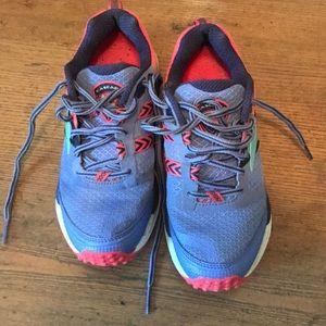 Brooks Cascadia 12 trail shoe